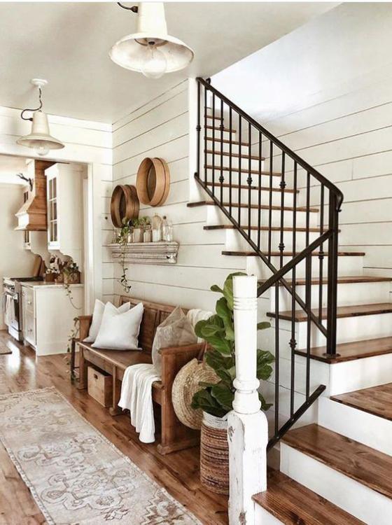 Zeitgemäße Raumgestaltung Flur einladend praktisch und komfortabel eingerichtet