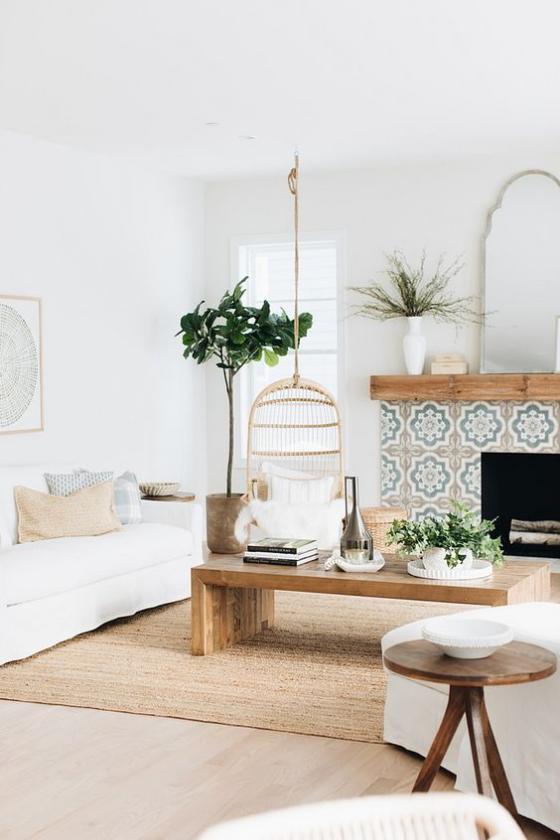 Zeitgemäße Raumgestaltung helles Wohnzimmer helles Holz neutrale Farben Grünpflanze