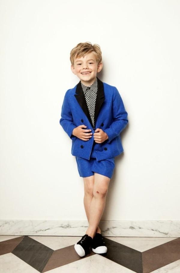 blauer anzug kindermode aktuelle modetrends