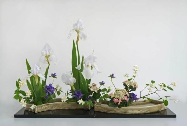 frühlingsblumen ikebana japanische blumensteckkunst