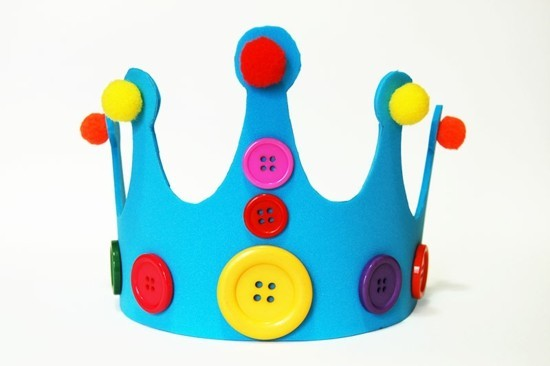 kunstschaum krone basteln mit kindern zu fasching