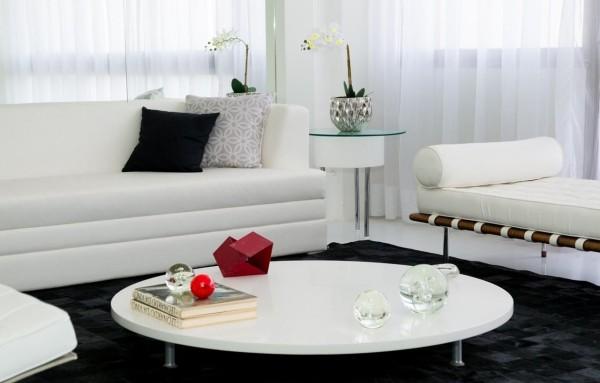 schwarz weißes Desogn moderne Inneneinrichtung Wohnzimmertisch deko