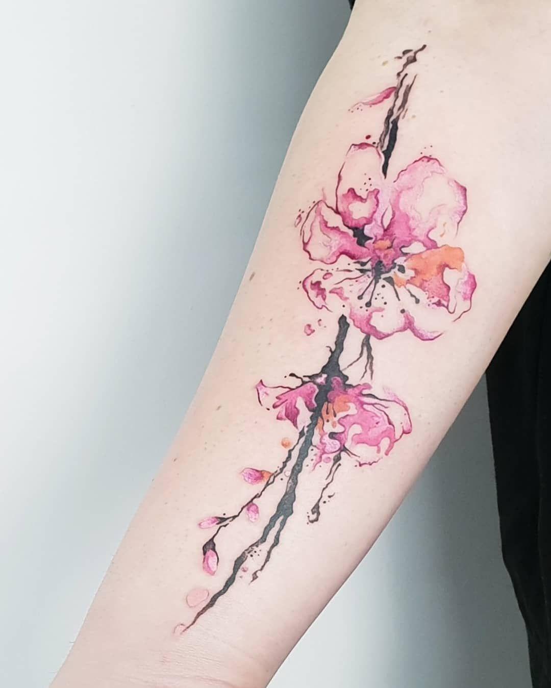 Kirschbluten Tattoo Bedeutung Bilder Zum Motiv Desired De