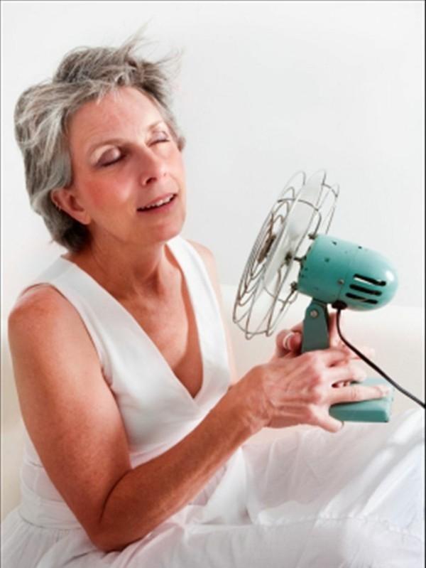 Östrogenmangel Symptome Hitzenwellen niedriger Östrogenspiegel