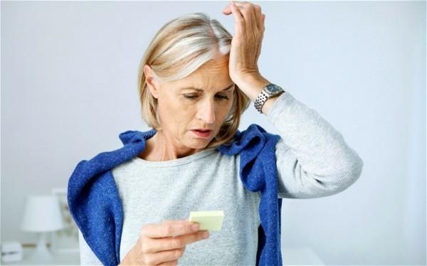 Östrogenmangel Symptome auftreten niedriger Östrogenspiegel
