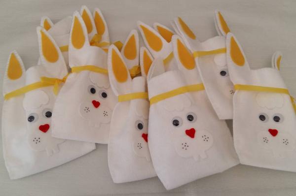 Basteln mit Kindern - Ostertüten schenken