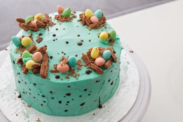 Blaue Torten Ideen - Ostereier - Torte für Ostern