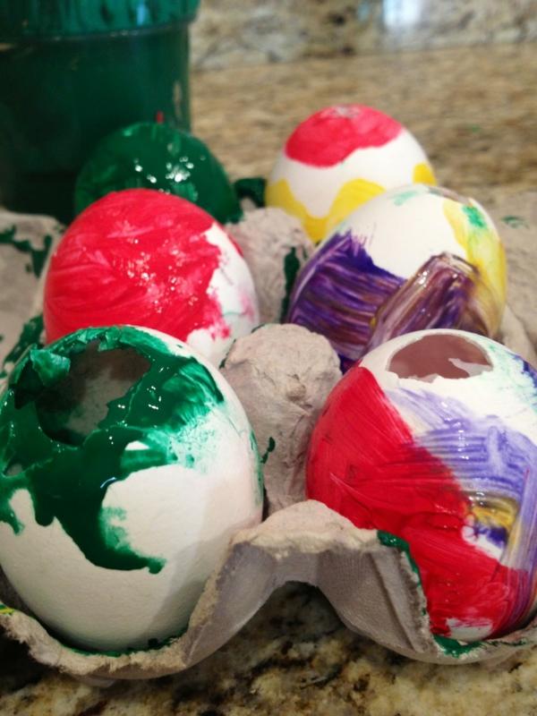 Eier ausblasen und bemalen Anleiung