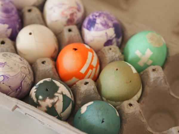 Eier ausblasen und dekorieren Schritt für Schritt Anleitung