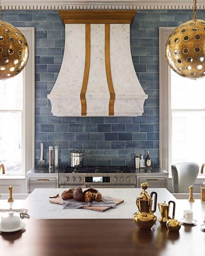 Geheimnisse des Innendesigns enthüllt stilvoll gestaltete Küche Kücheninsel Herd Dunstabzug
