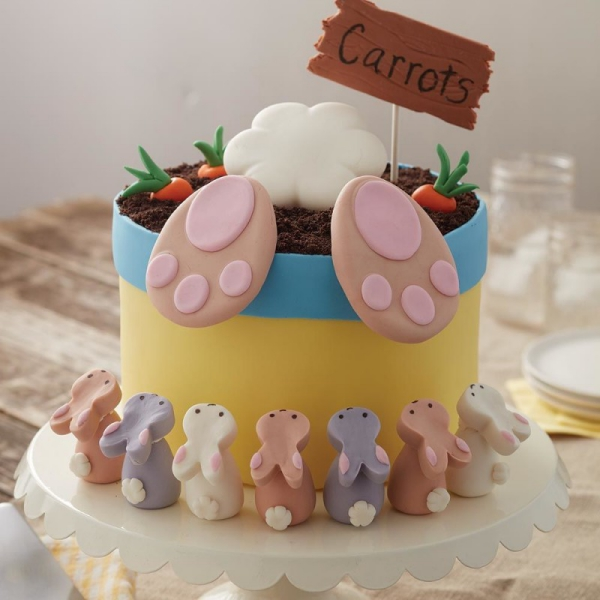 Kleine Osterhasen große Osterhasen Torte für Ostern