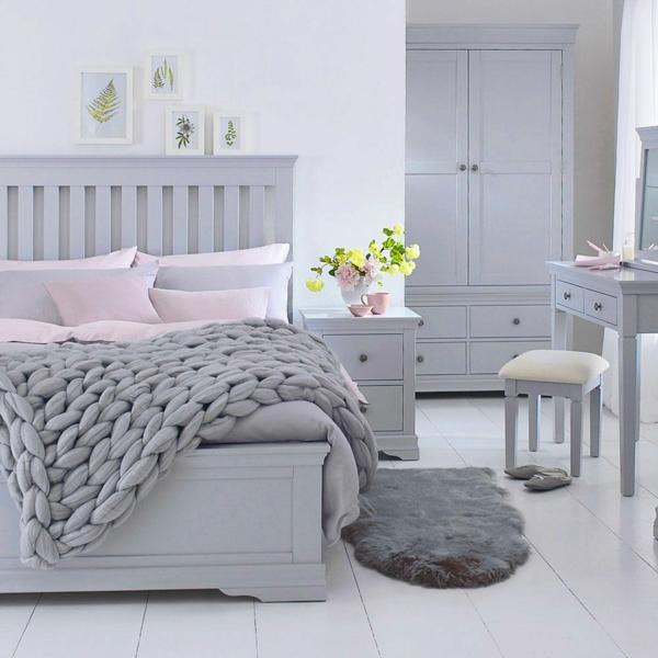 Milben im Bett Bettmilben bekämpfen Schlafzimmer