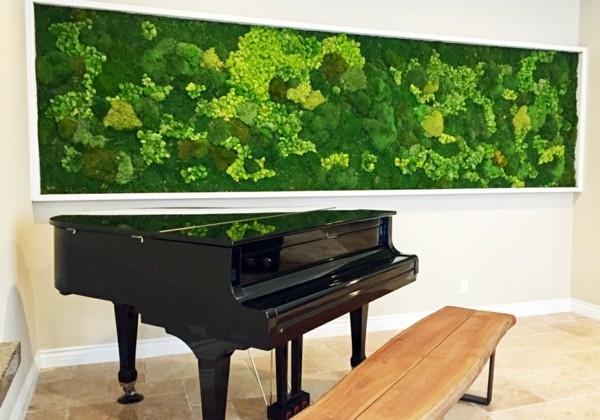 Mooswand selber machen Biophilie Wohntrends umsetzen Klavier
