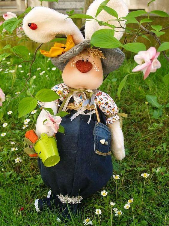 Oster-Bastelideen - Gartenfiguren Figuren im Garten