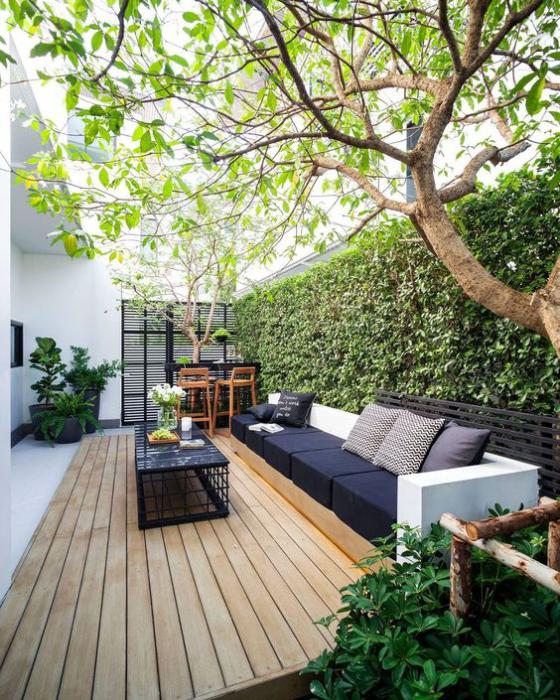 Outdoor - Trends 2020 elegante Sitzecke im Freien moderne Sitzmöbel Sichtschutz