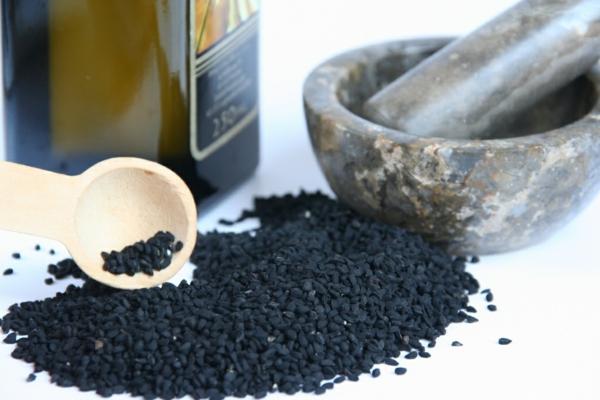 Schwarzkümmelöl Wirkung Sammen Verwendung