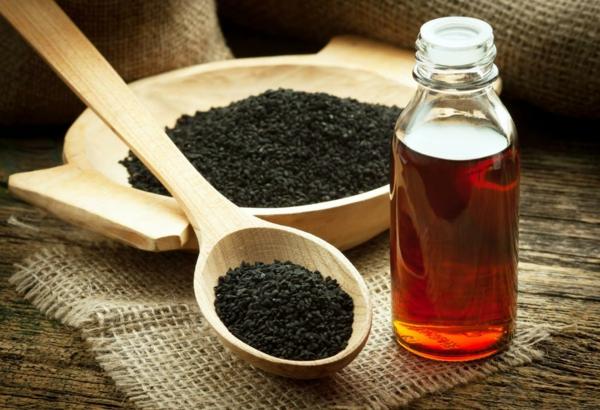 Schwarzkümmelöl Wirkung Schwarzkümmel Sammen und Öl