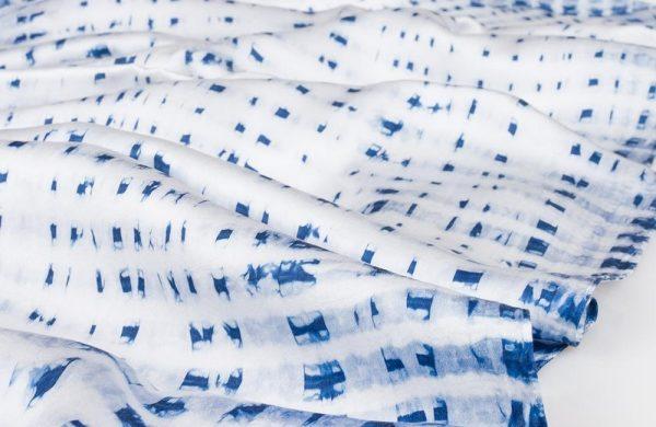 Shibori Technik - ein schöner Schal mit kleinen Mustern