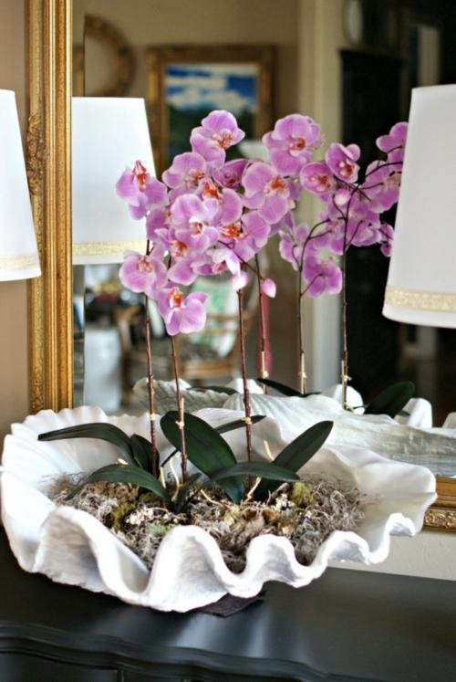 Tischdeko mit Orchideen festliche Hausdekoration Ideen