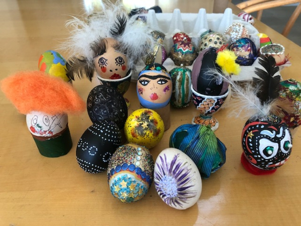 bunte Eier ausblasen Ideen Osterdeko