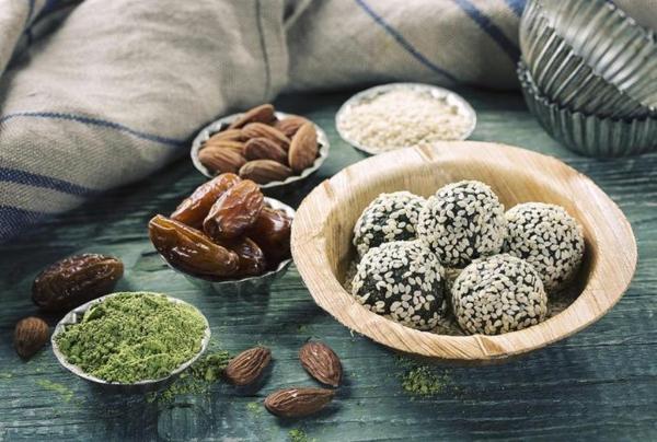 datteln gesund pistazien mandeln energy balls