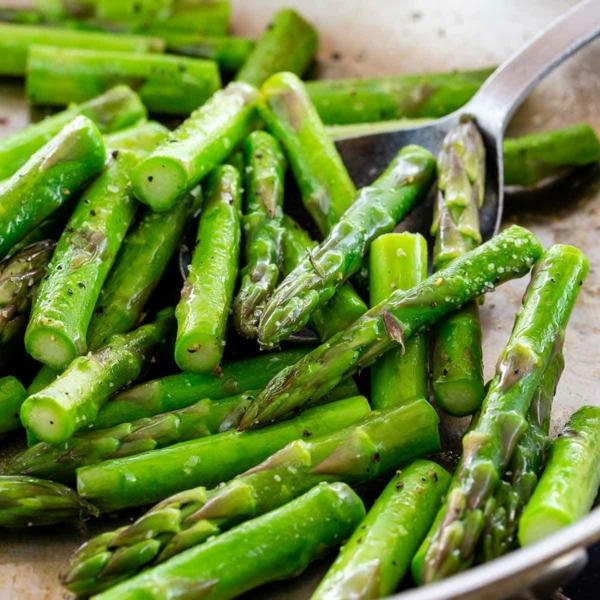 grünen Spargel zubereiten Spargel kochen Tipps
