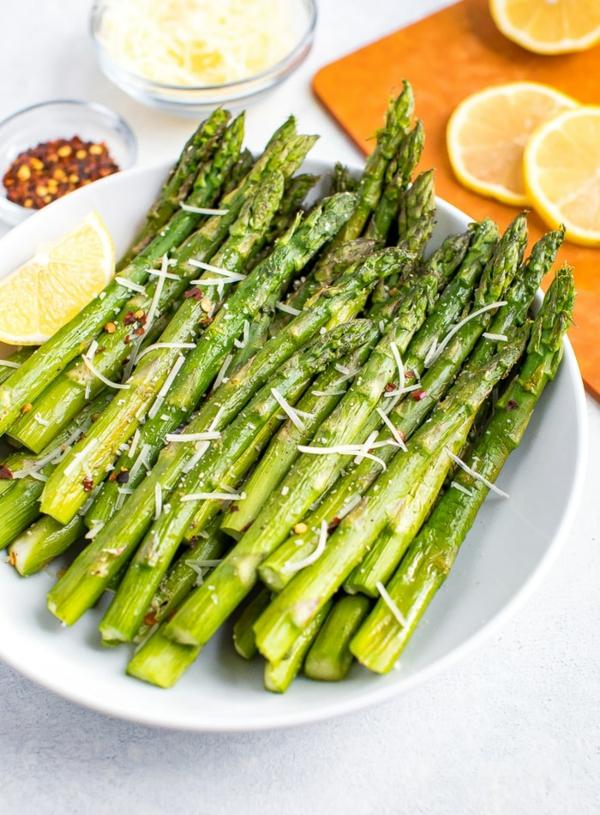 grünen Spargel zubereiten Spargel kochen und würzen