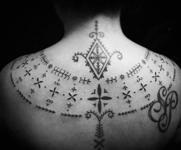 indianer tattoo symbole für die muster