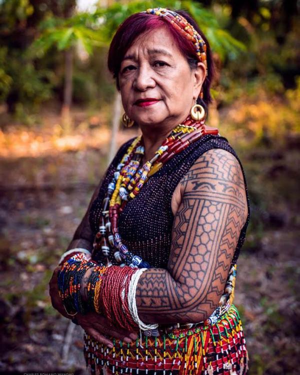 indianer tattoo tätoweirungen für die damen