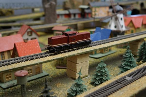 industry Modellbau Züge