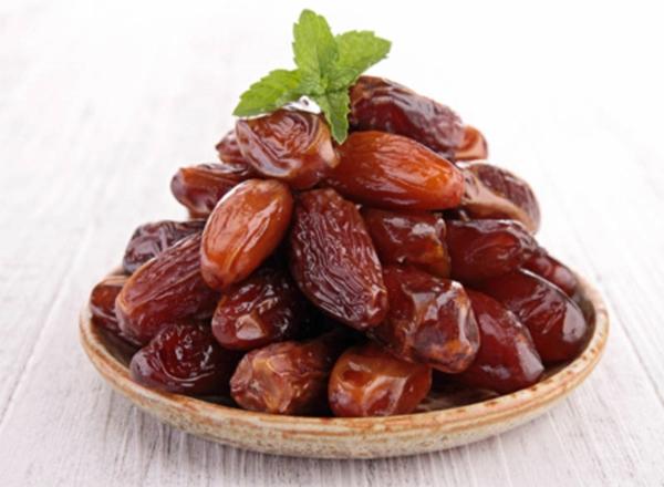 leckere snacks datteln gesund