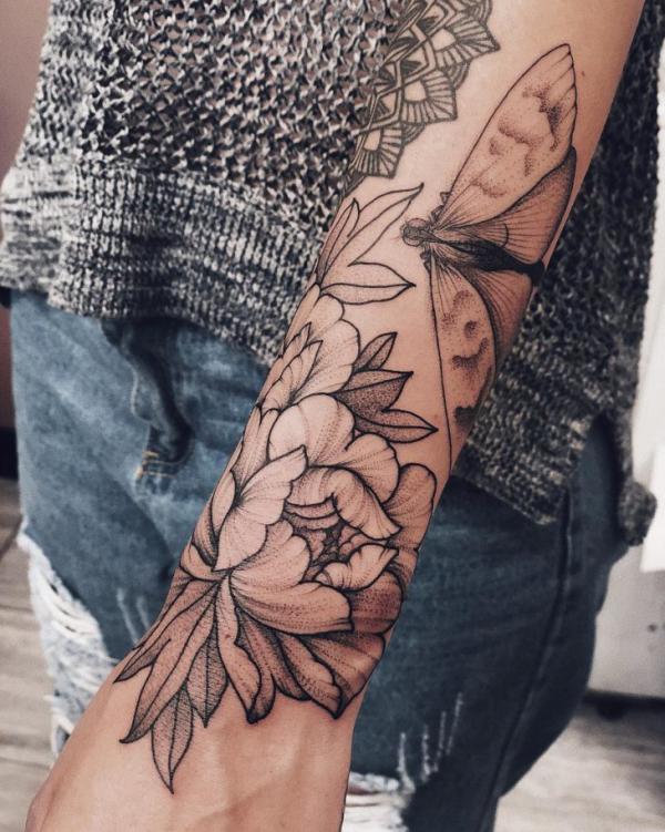 tattoos 2020 blumen muster tipps und trends