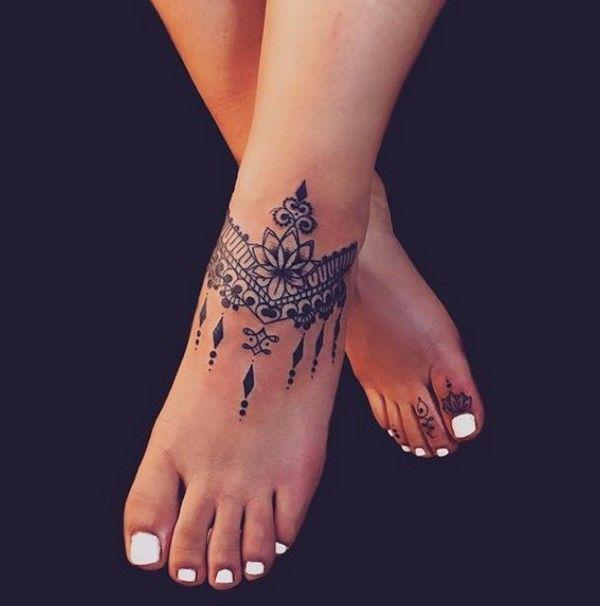 tattoos 2020 elegante ideen für damenschmuck