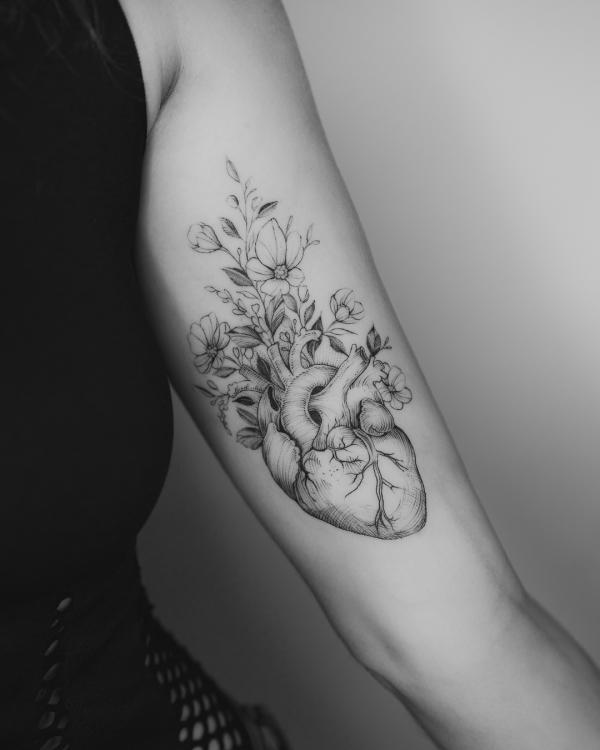 tattoos 2020 frauen atielle tendenzen