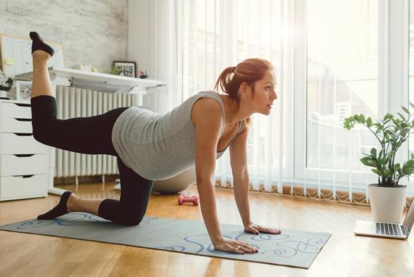 Übungen für Schwangere Sport zuhause
