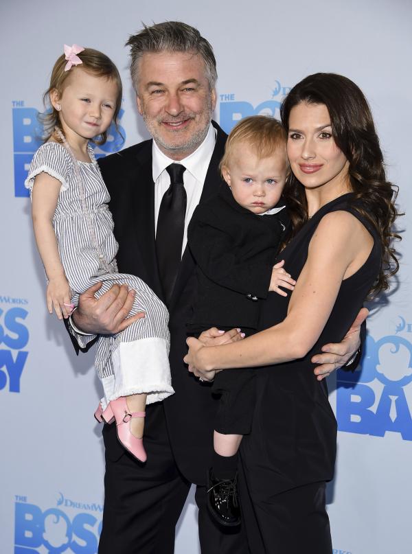 Alec Baldwin 62 beliebter Schauspieler Hilaria zwei der vier Kinder