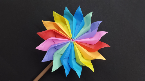 Basteln mit Kindern DIY Ideen Windrad basteln