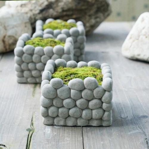 Betondeko Moos und Steine