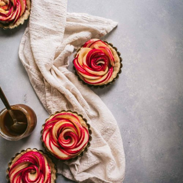 Blätterteig Rosen backen Äpfel Rezeptidee