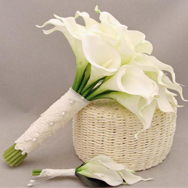 Calla Blume Blumenstrauß weiß Hochzeitdeko Brautstrauß