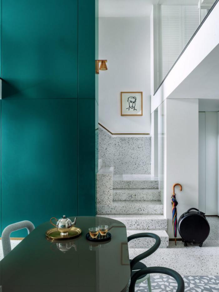 Designerwohnung in China Essbereich innovativ designt wirkt einladend