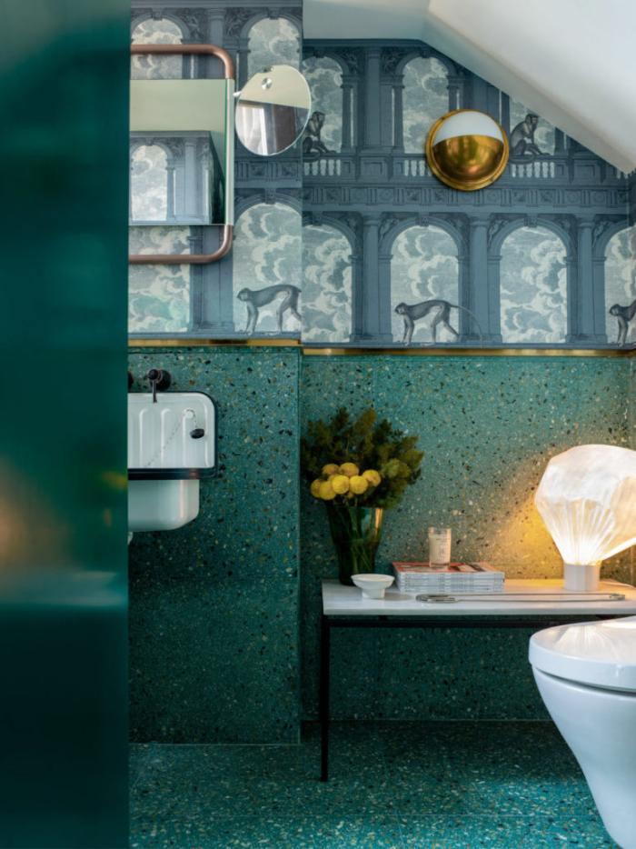 Designerwohnung in China tolle Ideen stilvoll geschmückte Wand in der Toilette
