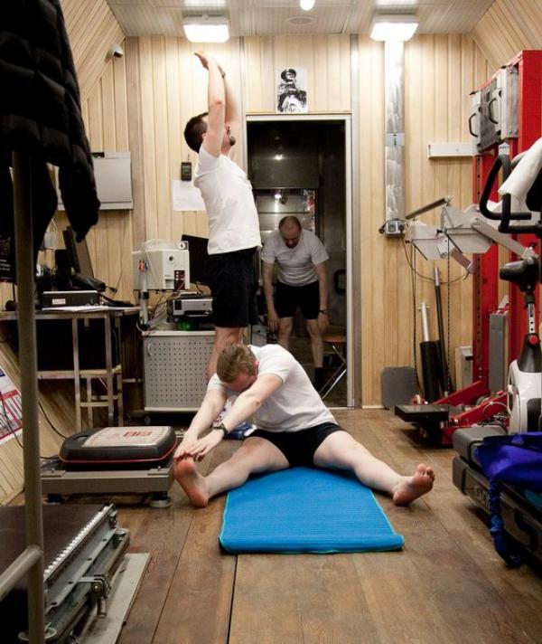 Diese Mars-500 Crew verbrachte 520 Tage in Isolation Hier sind ihre Tipps gymnastik in isolation fitness
