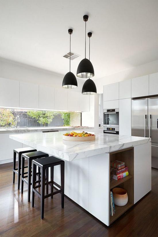 Multifunktionale Räume Küche und Esszimmer in einem Kücheninsel Marmorplatte