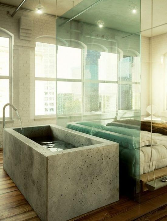 Multifunktionale Räume Schlafbett Badewanne durch Glaswand voneinander getrennt moderne Raumgestaltung