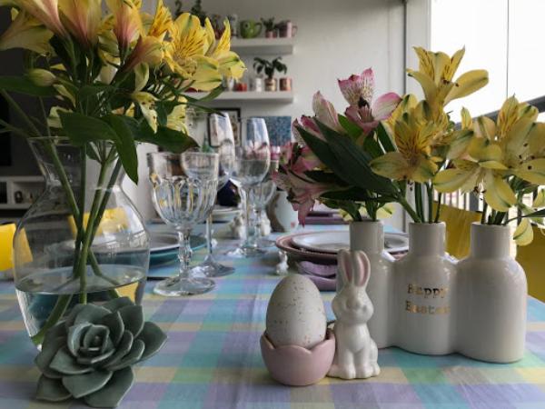 Ostern-Tischdeko - viele schöne Blumen