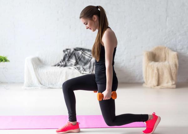 Sport zuhause Übungen für die Beine