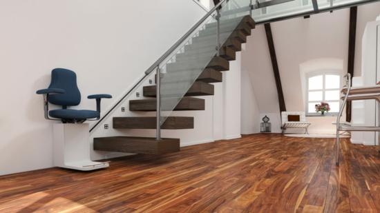 Treppenlift kosten Treppenlift Preis modern und bequem