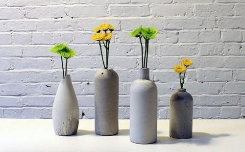 Vasen mit Blumen - tolle Betondeko