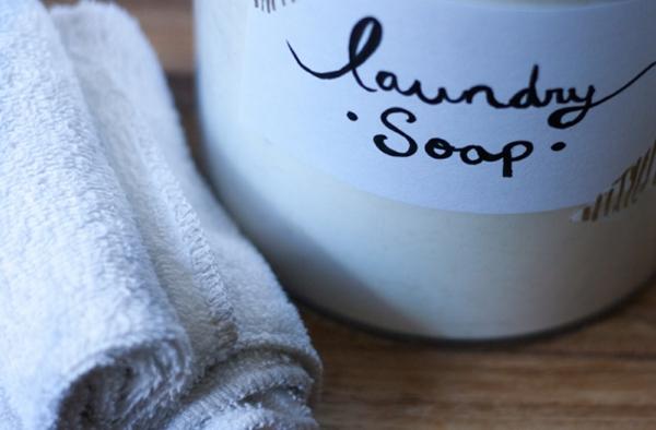 Waschmittel selber machen Vorteile und Rezept